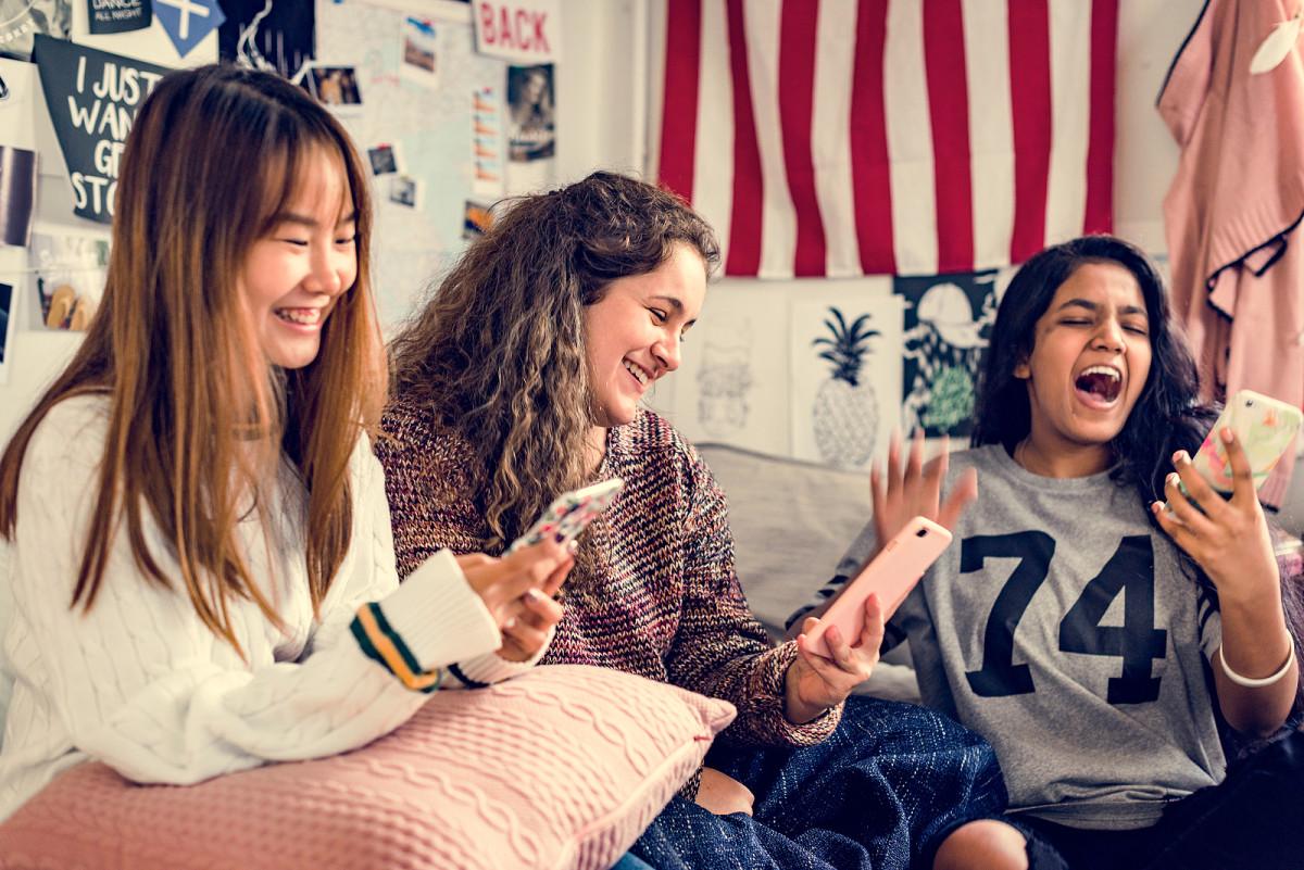 bigstock-Teenage-girls-using-smartphone-240105940
