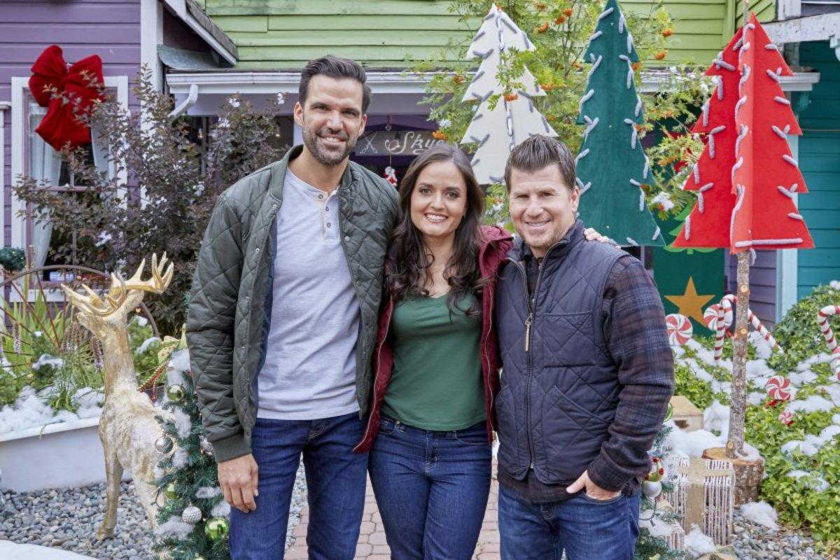 2021 Hallmark Christmas Movie Danica McKellar
