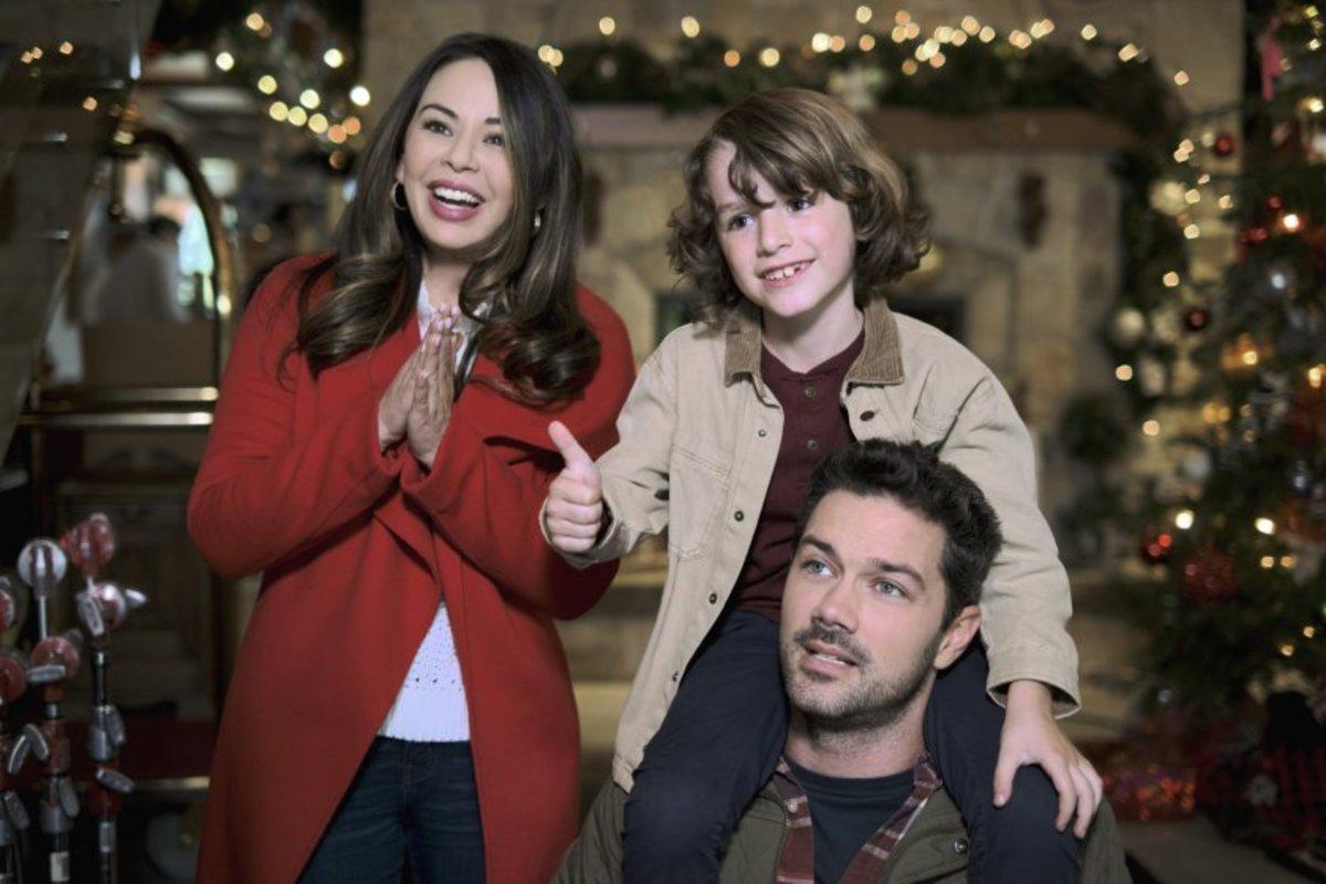 Hallmark Christmas Movies 2021 Ryan Paevey